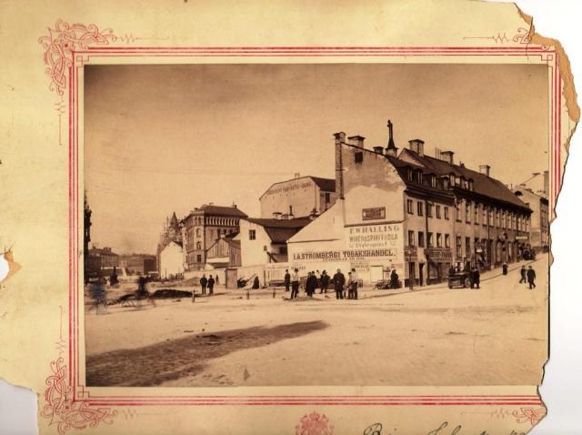 John Sjöqvists 'hood': hörnet Birger Jarlsgatan Nybroplan ca 1890