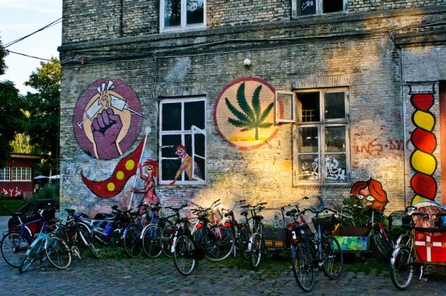 Graffiti i Christiania, Köpenhamn. Foto: Flickr, DK_Christiania_200708_005